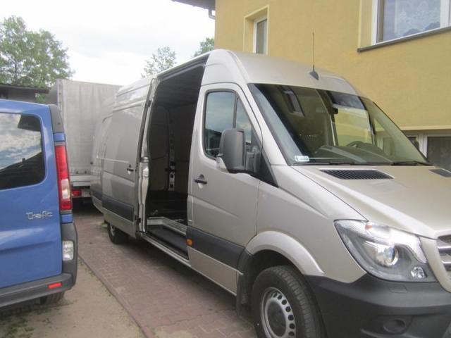 Transport Katowice Niemcy,Belgia przewóz towarów , przeprowadzki